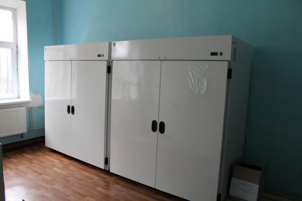 Холодильное оборудование комнаты для хранения противотуберкулезных препаратов
